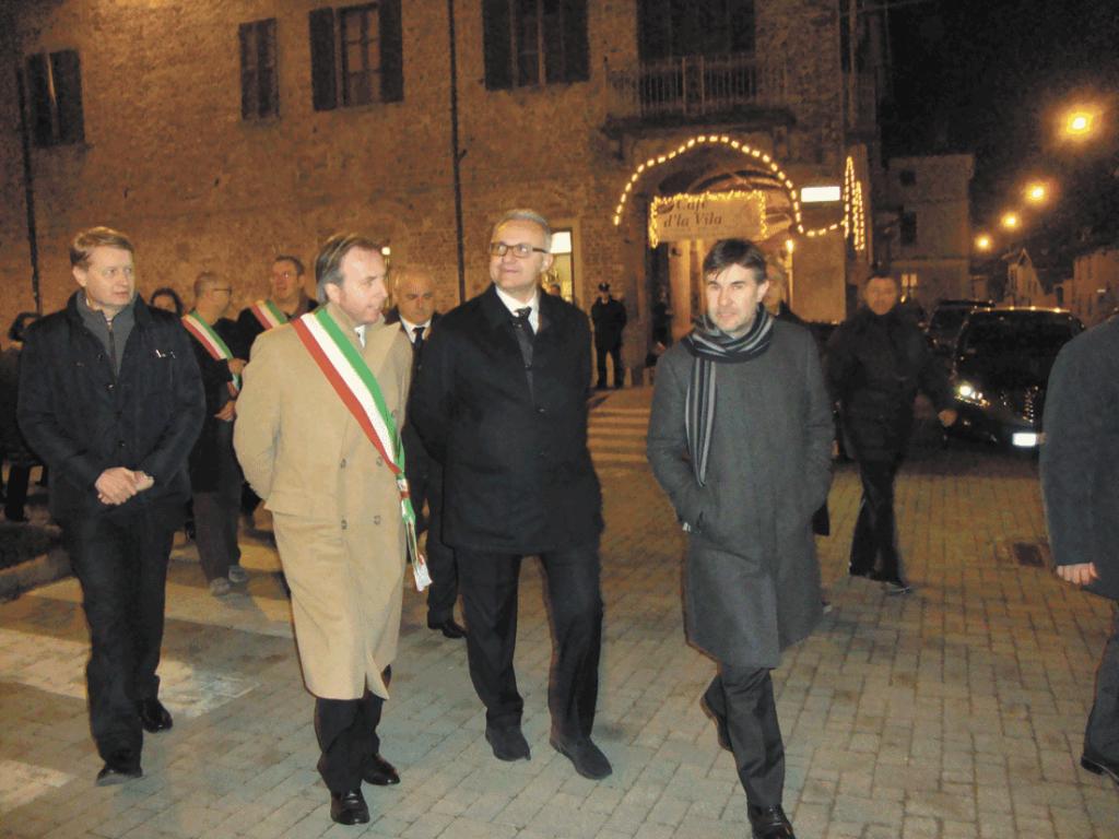Sindaco-Bottano-con-Ministro DIfesa-Pancalera