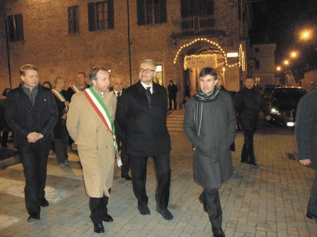 Villafranca. Il Ministro della Difesa ha incontrato i cittadini
