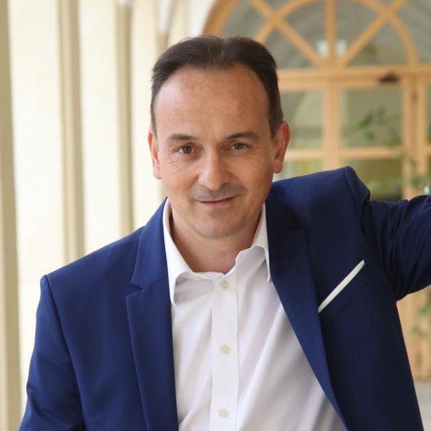 Il presidente del Piemonte Alberto Cirio