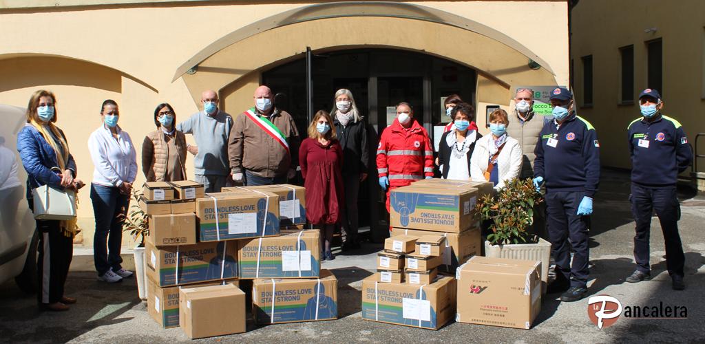 300 tute idrorepellenti consegnate oggi all'ospedale di Carmagnola