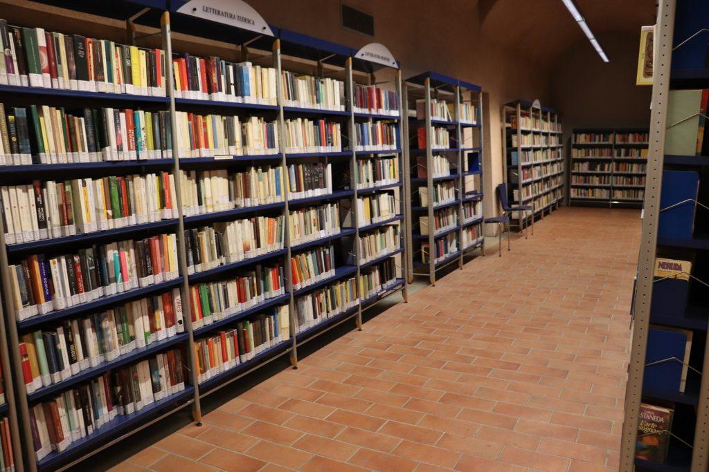 prestito-libri-biblioteca-vinovo