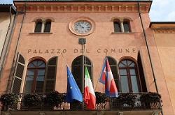 L'esempio di Alba: 100 mila euro per le strutture ricettive della città