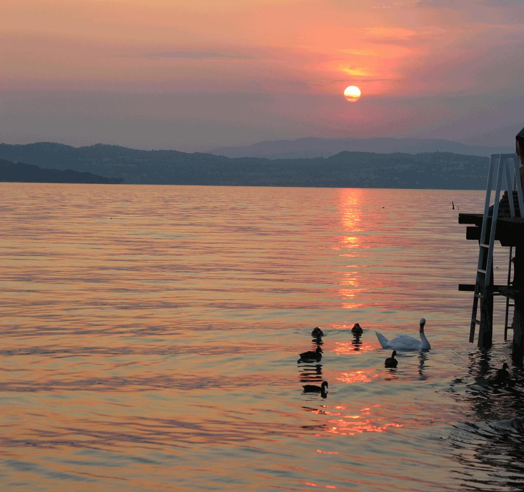 Voucher-Piemonte-lago-immagine-di-repertorio