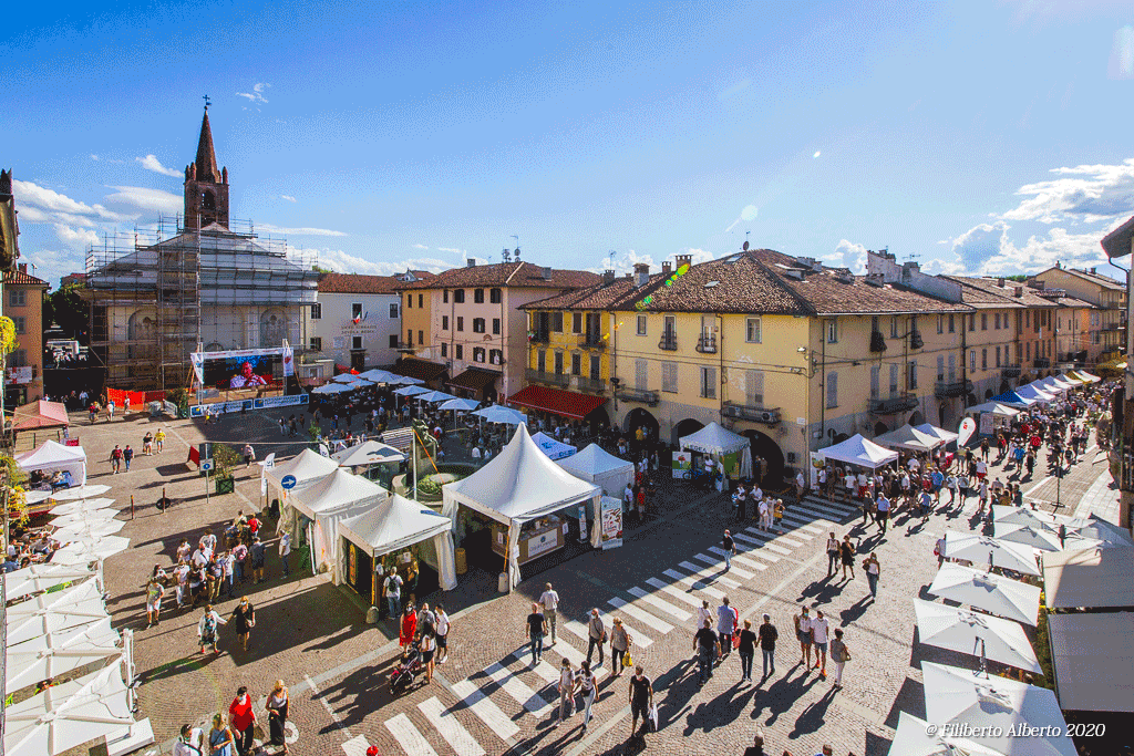 Fiera-del-Peperone-2020-piazza-santagostino