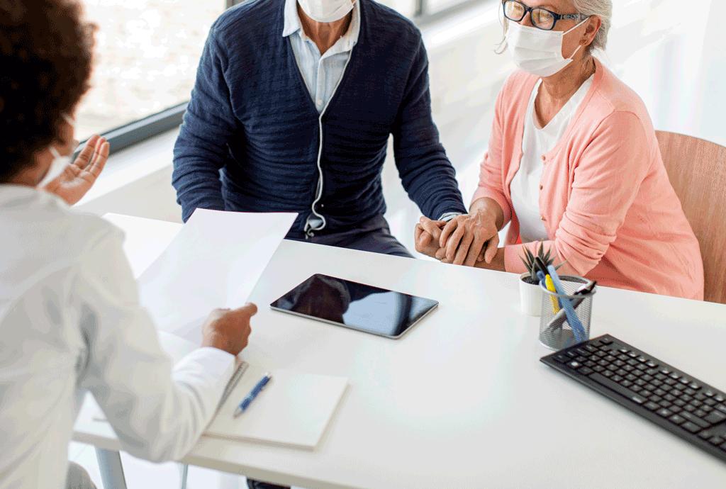 Covid, Regione monitora anziani malati cronici con test rapidi e molecolari