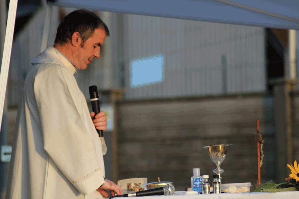 Don-Josif-parroco-casanova