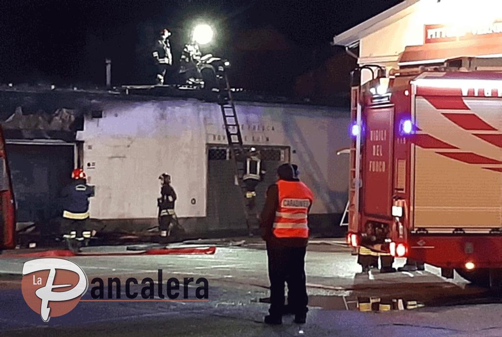 Incendio in piazza Risorgimento a Carmagnola