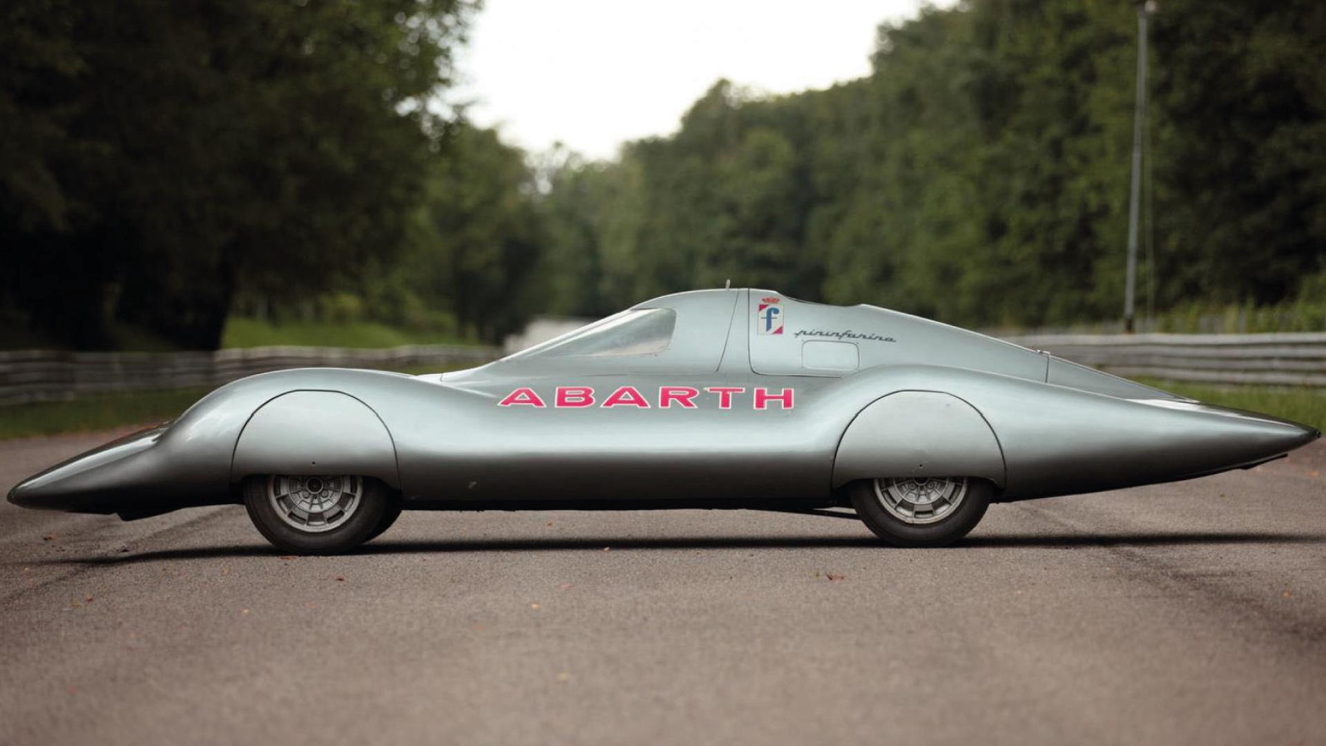 Riapre il Museo Nazionale dell'Automobile di Torino, novità in esposizione