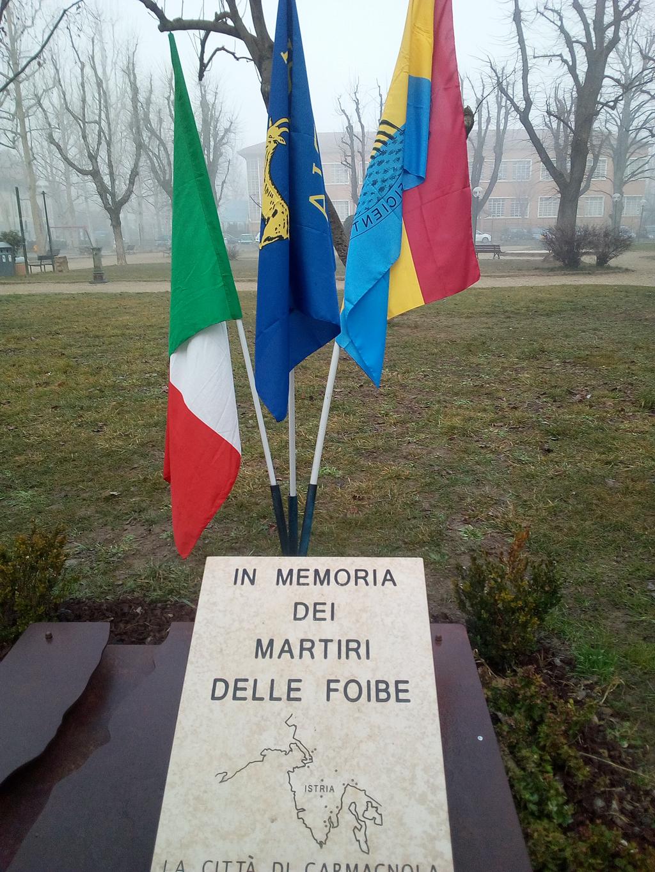 Commemorazione al monumento ai Martiri delle Foibe a Carmagnola
