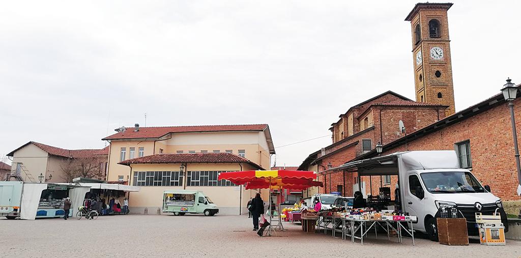 Cresce il mercato settimanale del giovedì a Torre San Giorgio