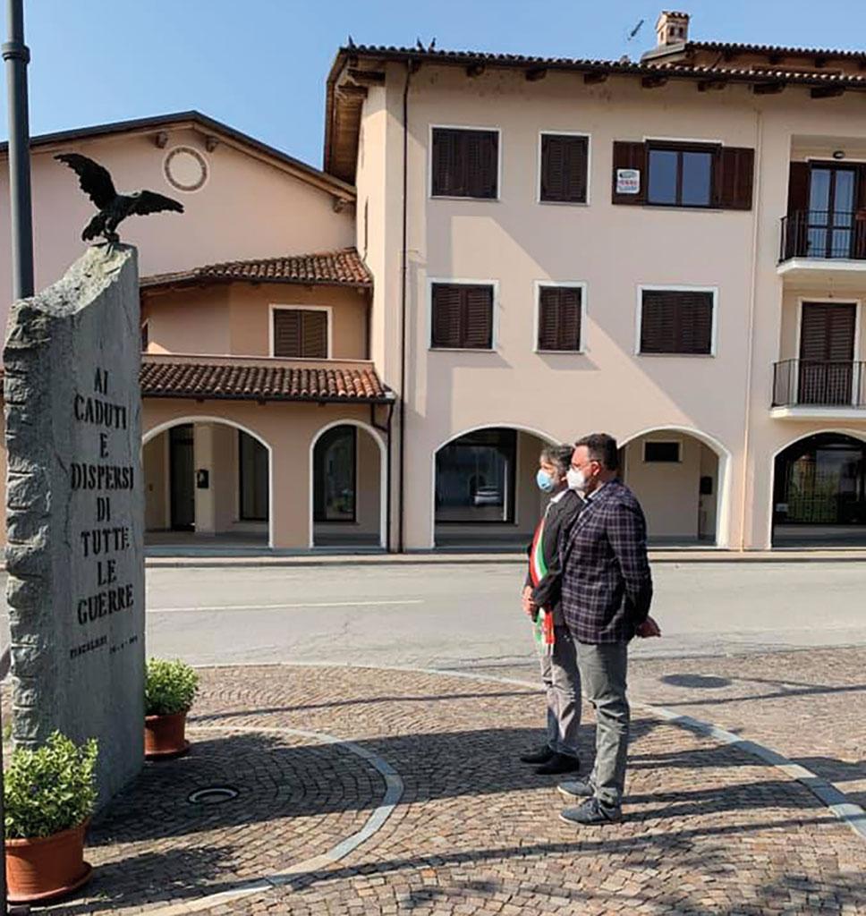 25 aprile, a Pancalieri sindaco e consigliere hanno ricordato i caduti