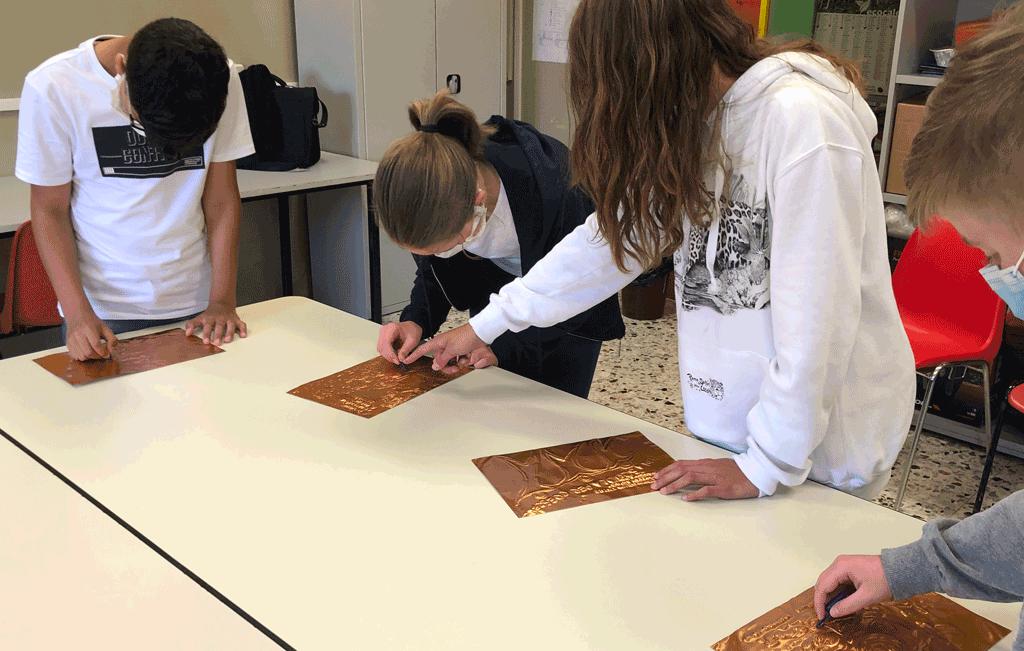 Arte contagiosa: a Verduno i lavori degli studenti di Sommariva Bosco