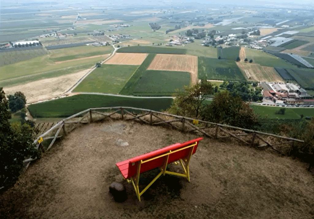 Panchina-gigante-Rocca-cavour-la-pancalera-2
