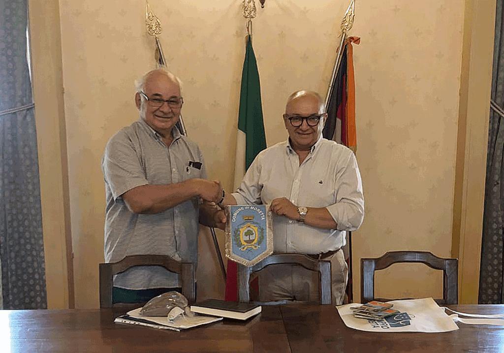 Da Moretta un sacchetto di terra per i cugini argentini di Rafaela