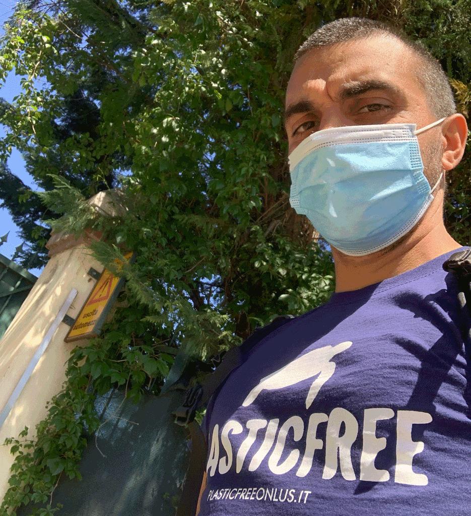Volontari Legambiente e Plasticfree a Carmagnola per pulire tratto del Po