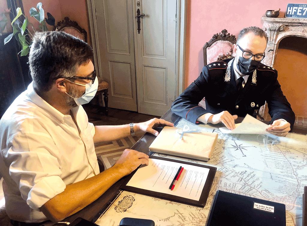 Sindaco-Calderoni-comandante-Beltempo-saluzzo-la-pancalera
