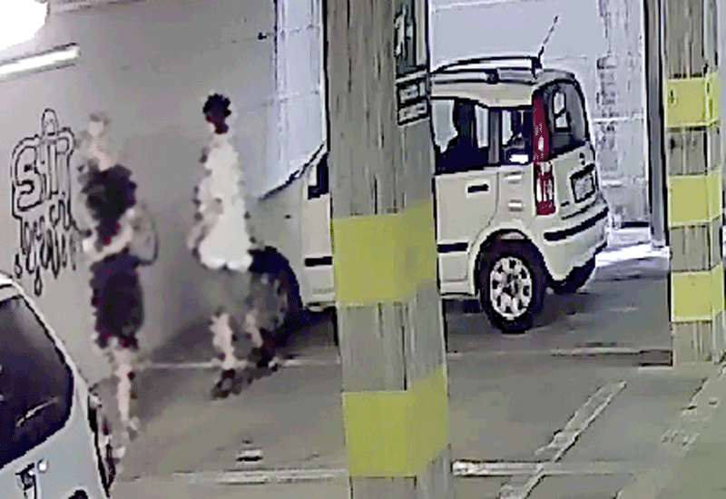 vandali-corti-saluzzo-polizia-municipale-la-pancalera